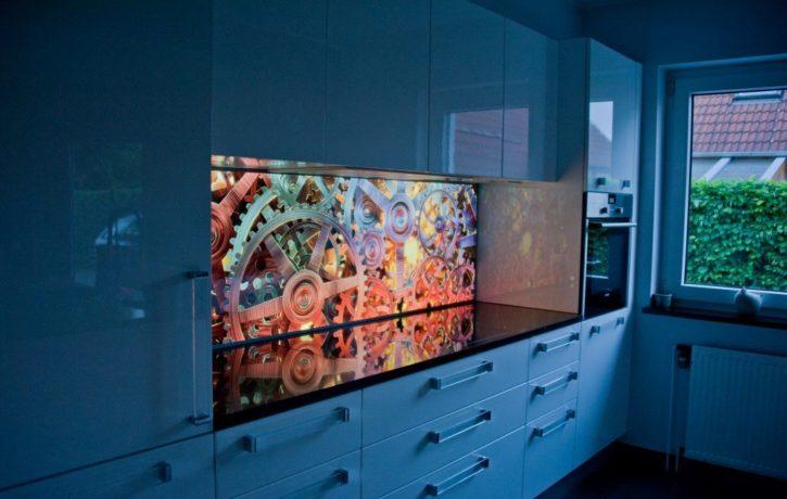 Cienkie podświetlenie LED