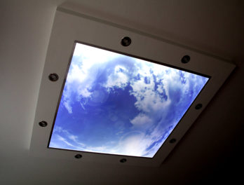 podświetlany sufit led panel obraz